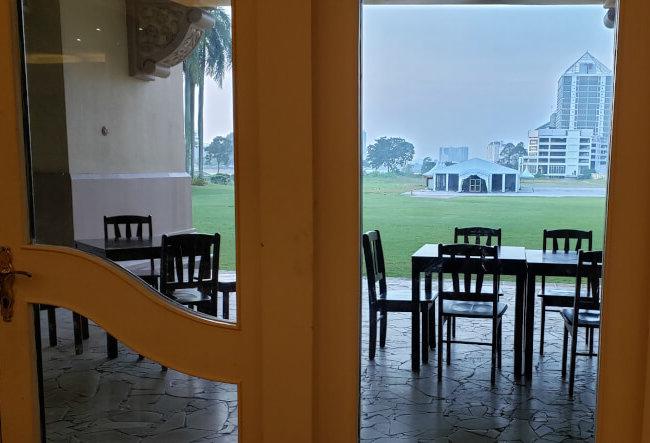 パレス オブ ザ ゴールデン ホーセズの朝食ビュッフェレストランからの景色