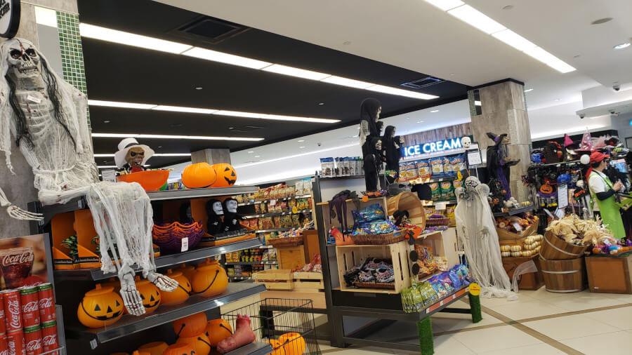 Isetan Foodmarket - KLCCのお菓子コーナー